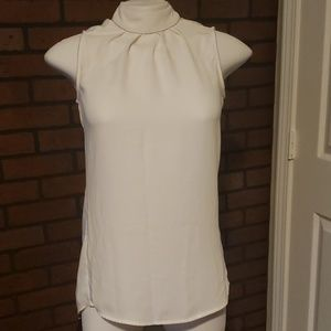 H&M white sleevless blouse